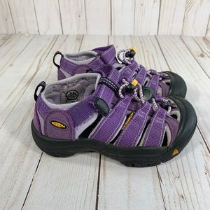 Keen Waterproof Newport H2 Girls Sz 10 Sandals